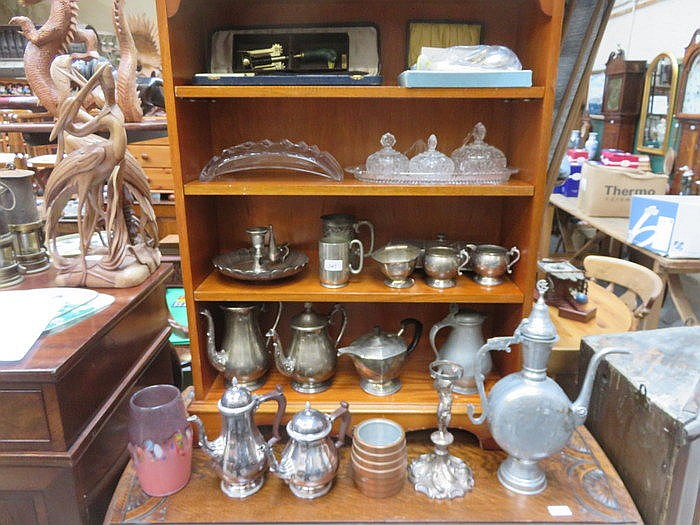 PARCEL OF VARIOUS SILVER PLATEDWARE INCLUDING TEA SETS, INKWELL, ETC, AND A