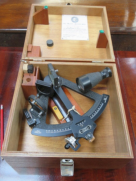 WOODEN CASED HEATH NAVIGATIONAL SHIP'S SEXTANT