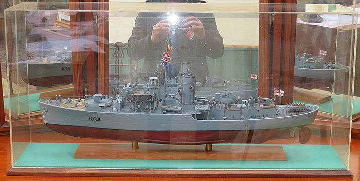 DISPLAY CASE CONTAINING MODEL 'K64' NAVAL WARSHIP, CASE MEASURE APPROXIMATE