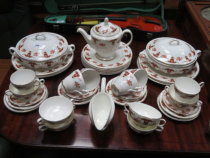 PARCEL OF FLORAL DINNERWARE
