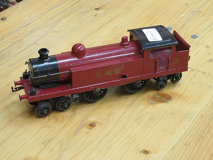 MECCANO O GAUGE CLOCKWORK LOCOMOTIVE