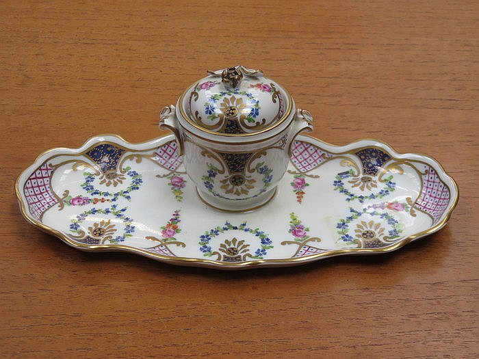 DRESDEN PRETTY HANDPAINTED AND GILDED CERAMIC INKWELL