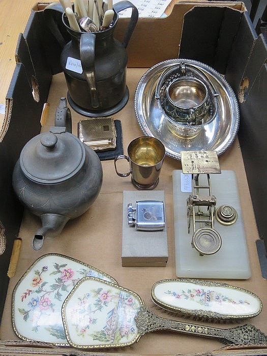 SUNDRY LOT INCLUDING PEWTER TYG, PLATEDWARE, MORDON BRASS SCALES, DRESSING
