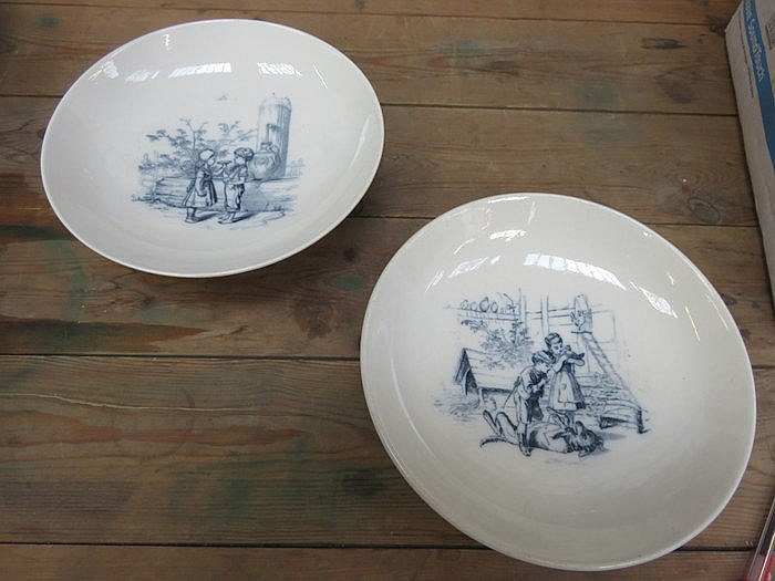 PAIR OF DOULTON BURSLEM STEMMED CERAMIC DISHES WITH TRANSFER DECORATION