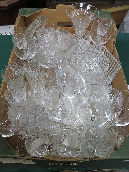 PARCEL OF VARIOUS GLASSWARE