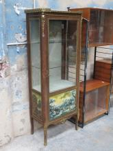 FRENCH STYLE ORMOLU MOUNTED SINGLE DOOR GLAZED DISPLAY CABINET, DECORATED WITH COUNTRY SCENES AND GALLERIED TOP