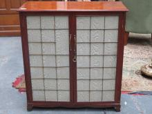 MAHOGANY TWO DOOR SIDE CABINET