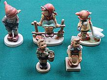 FIVE VARIOUS GOEBELS FIGURES BY M.J. HUMMEL (TWO AT FAULT)