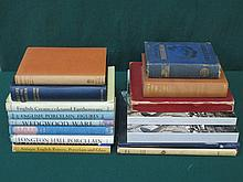 COLLECTION OF VOLUMES INCLUDING COLLECTORS BOOKS ON CERAMICS