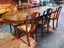 REPRODUCTION MAHOGANY DINING TABLE WITH ONE LEAF AND SIX CHAIRS