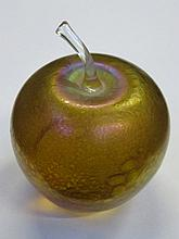 JOHN DITCHFIELD GLASFORM IRIDESCENT GLASS APPLE FORM PAPERWEIGHT, UNSIGNED WITH FOIL LABEL, APPROXIMATELY 9cm HIGH