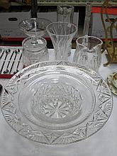 MIXED LOT OF GLASSWARE INCLUDING BOWL, VASES, ETC.