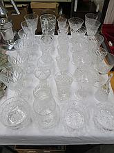 MIXED LOT OF GLASSWARE INCLUDING STUART CRYSTAL AIR TWIST GOBLET