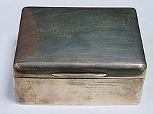 HALLMARKED SILVER CIGARETTE BOX, LONDON ASSAY, DATED 1917, MAKER'S INITIALS