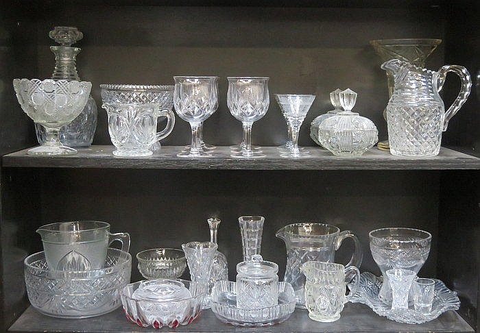 TWO SHELVES OF VARIOUS MIXED GLASSWARE