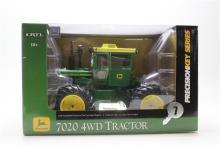 John Deere 7020 4WD Tractor