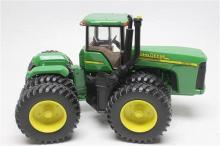 John Deere 9320 4WD Tractor Duals