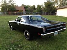 1969 Plymouth Roadrunner  (Black)