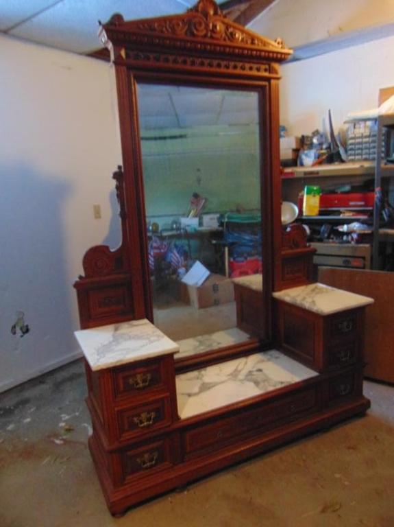 Antique Desk, Matthews Bros. Antique Appraisal , InstAppraisal