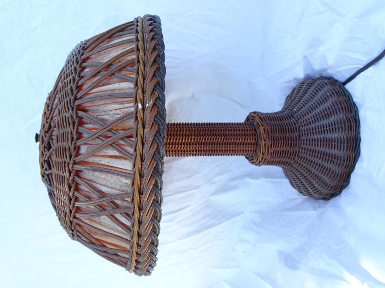 Antique Wicker Table Lamp In Excellent Condition With Matchi