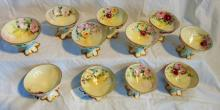 Set of 11 Haviland Limoges French sherberts with hand painted floral decorations, in excellent condition (3