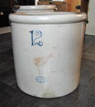 Red Wing 12 gallon bailed handled crock w/full Red Wing mark, good condition.