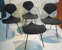 Herman Miller wire chairs with original seats and padding in good condition, Set