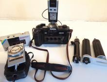 Nishika 3D N8000 vintage camera to include a Prinz guide number meter, Vivitar S