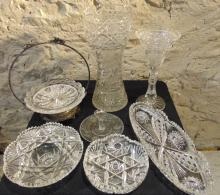 Large group of cut crystal to include: large brilliant and floral cut crystal va