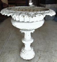 Cast iron floral Victorian planter; Measures 27