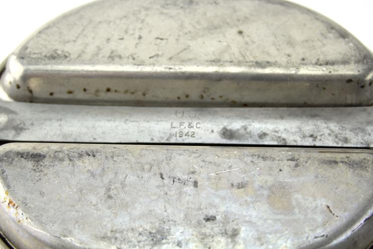 Lot 9081: US ARMY MESS KIT LOT