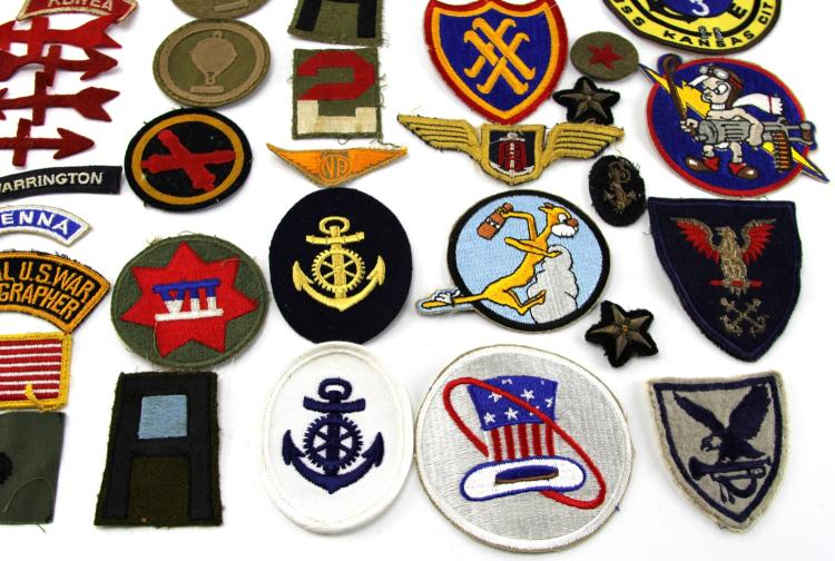 Lot 9110: OVER 40 MIXED US PATCHES