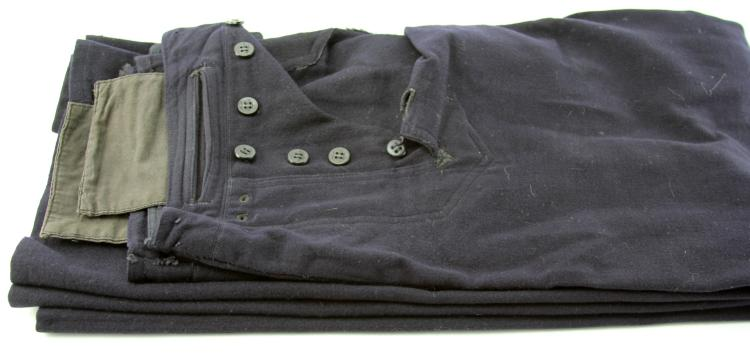 Lot 9115: WWII US NAVY UNIFORM LOT OF FIVE
