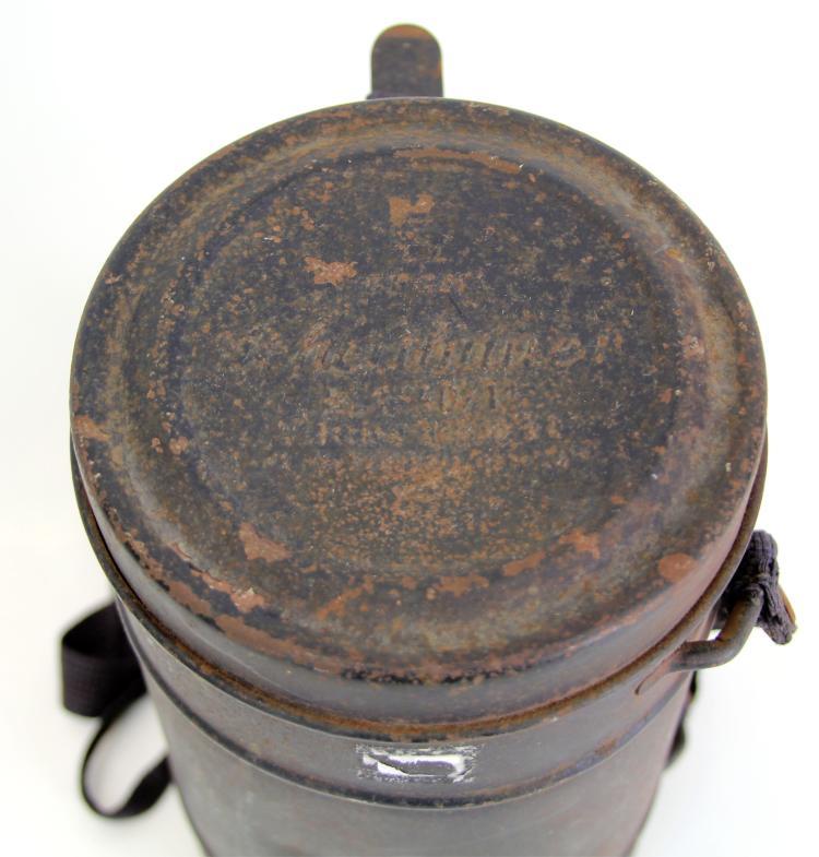 Lot 9127: WWII GERMAN GAS MASK DPGM SCHEITHAUER RL1-40/11