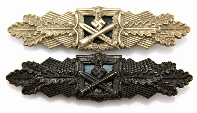 WWII GERMAN CLOSE COMBAT BADGE LOT OF 2