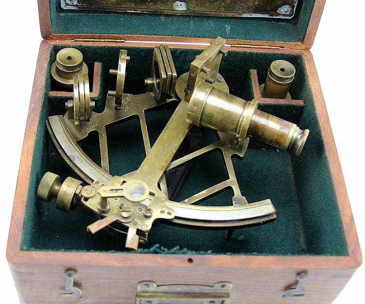 BRITISH ROYAL NAVY HENRY HUGHES NAUTICAL SEXTANT