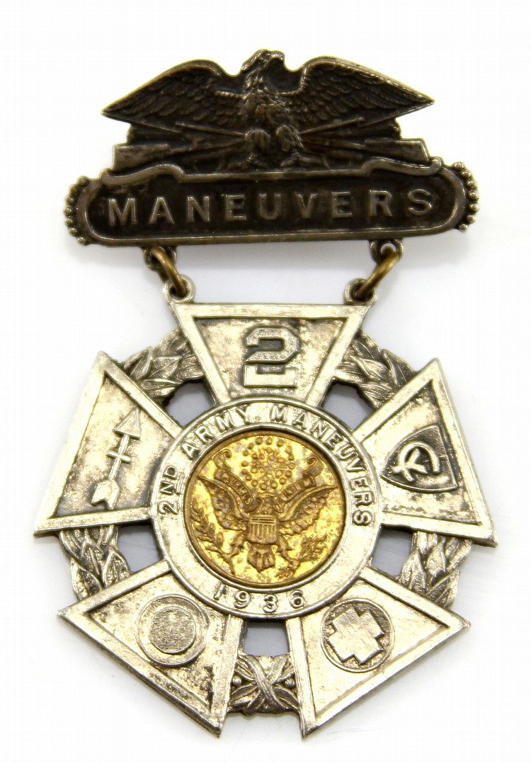 US 1936 2nd ARMY MANEUVERS BADGE