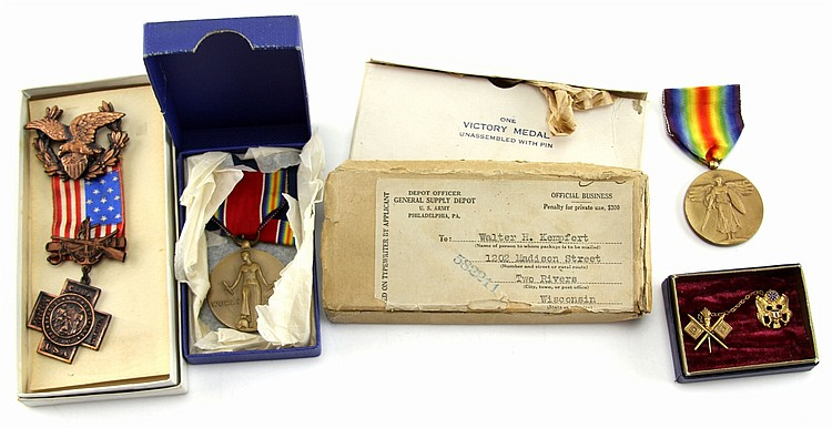 FOUR MILITAY AND VETERAN MEDALS WWII & SPAN AM