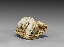ANTIQUE IVORY NETSUKE: Two Rodents