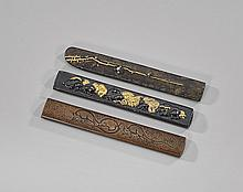 THREE ANTIQUE JAPANESE KODZUKA