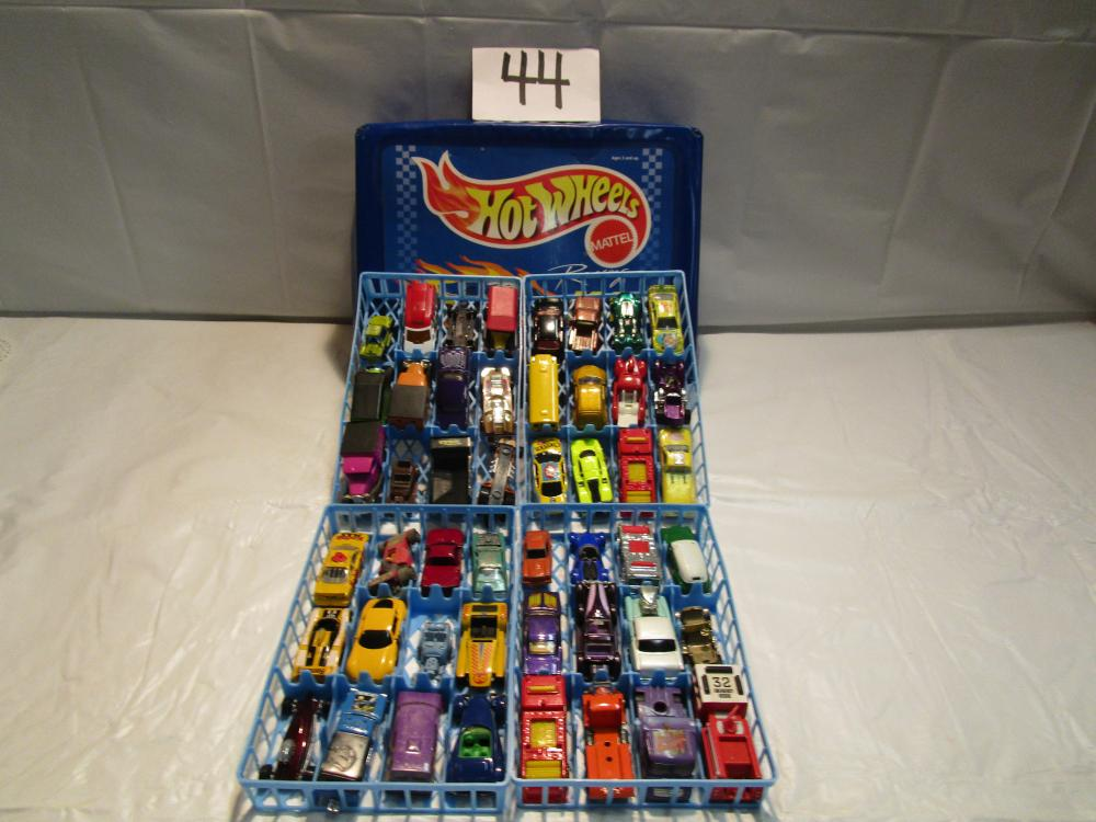 Lot 2 of Diecast Toy Hot Wheels, Matchbox, and Misc…Cars