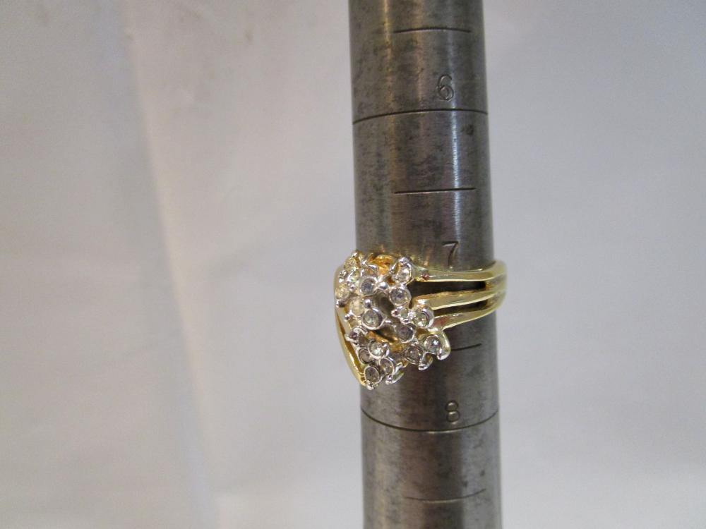 Ladies Size 7 14kt G.f. Costume Jewelry Ring with Rinestones
