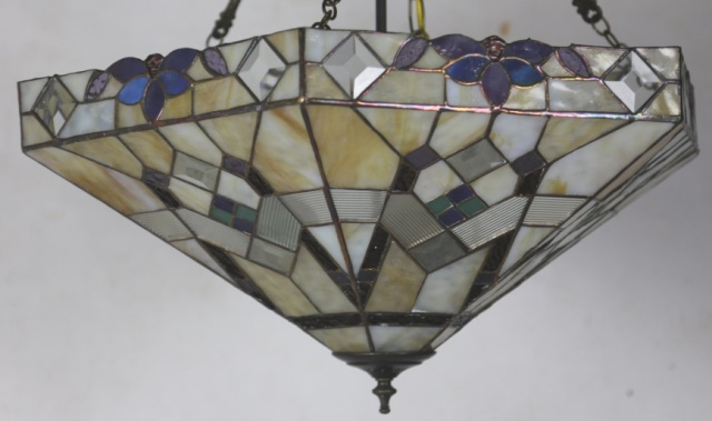 lot 287 vintage stained glass light fixture. Black Bedroom Furniture Sets. Home Design Ideas