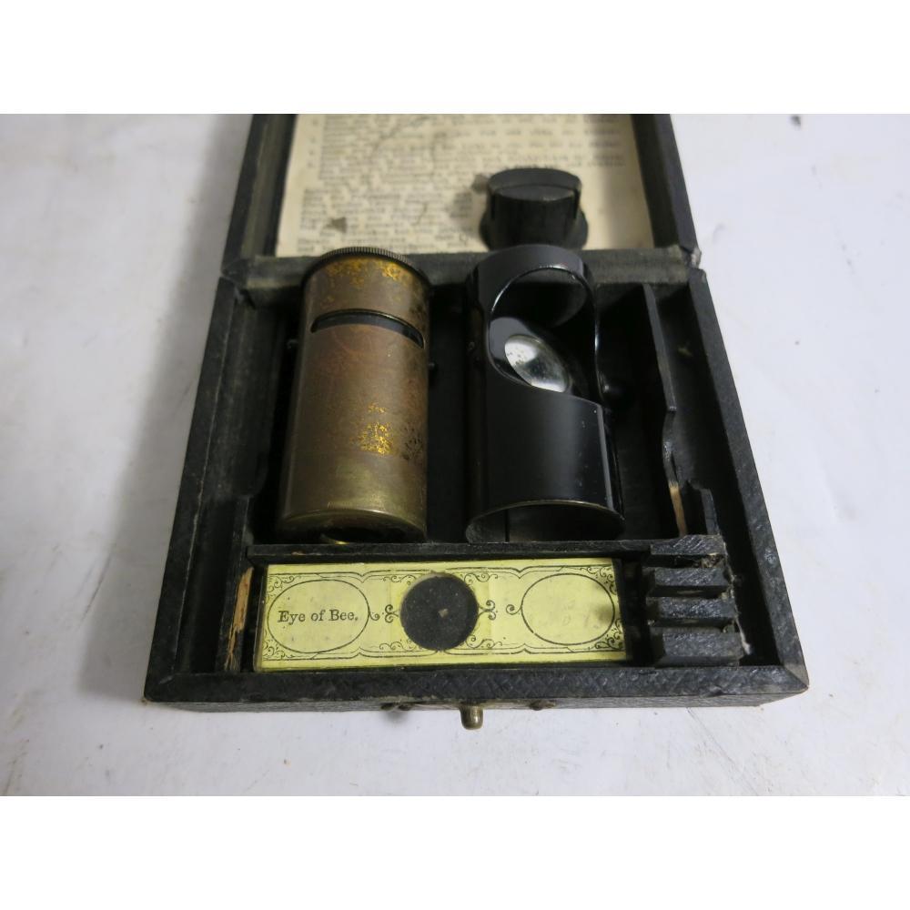 A LATE 19TH CENTURY SIMPLE POCKET MICROSCOPE, GERMAN