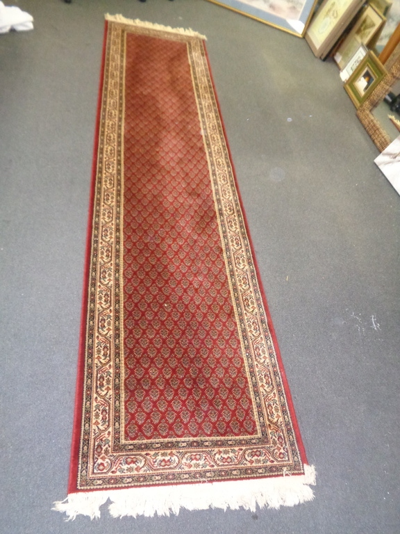 Traditional Red/gold Wool Runner