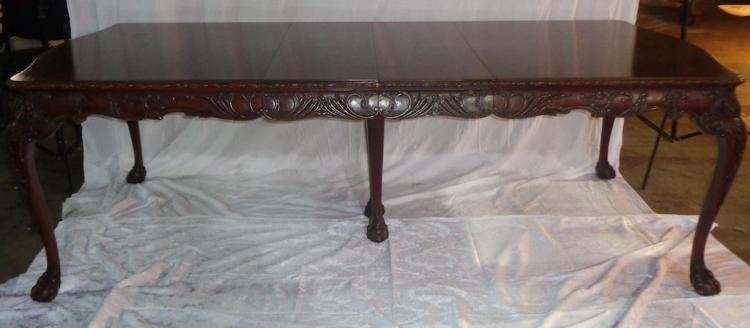 Batesville Cabinet Co Hand Carved Mahogany Dinning