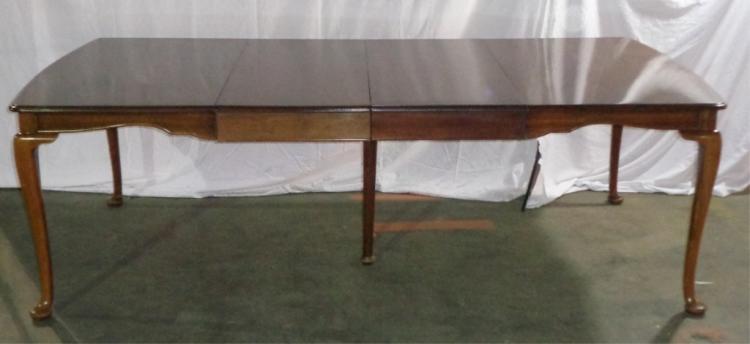 Mahogany Queen Anne Six Legged Table