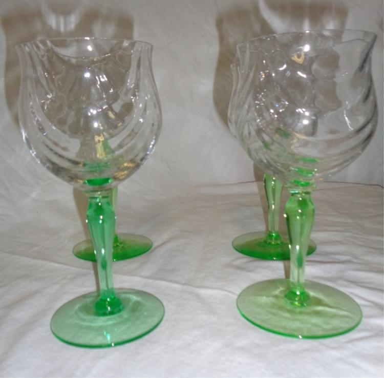 Set Of 4 Green Stemmed Crystal Wine Glasses