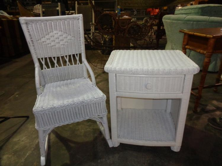 White Victorian Wicker Chair/side Table