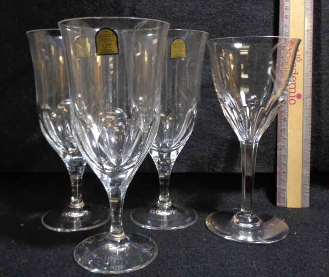 Crystal Glasses (b5) 4 Pieces
